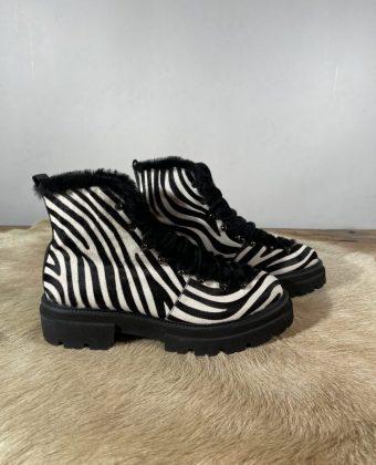 Boot | Kennel&Schmenger | Zebra Lammfell