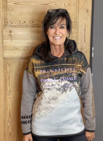 Sweatshirt | Yippie Hippie | W42-505